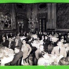 Postales: POSTAL DE EL OLIMPO REUS CENA DE GALA DE UNOS AMIGOS EDITADA POR AGFA ESTUVO PEGADA EN UN ALBUN. Lote 19591407