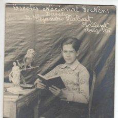 Postales: MUY BUENA FOTO POSTAL DE SALLENT - ESCOLES NACIONALS DE NENS DIRECTOR D.A.ALABART 1935. Lote 31581739