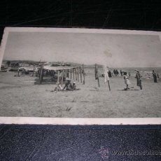 Postales: VILANOVA I GELTRU - XXV LA PLATJA DELS BANYS ,INST. GRAF. OLIVA DE VILANOVA 14X9 CM. . Lote 31849581