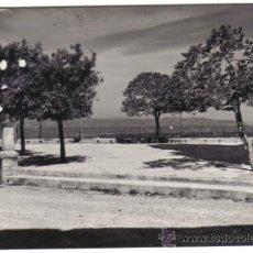 Postales: POSTAL DE TIVISSA Nº 16, PLAZA LA BARANOVA, FOTOGRAFIA EN BLANCO Y NEGRO. Lote 36324639