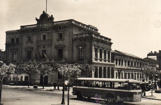 HOSPITALET DEL LLOBREGAT. 3 AYUNTAMIENTO. JG FOTO (Postales - España - Cataluña Moderna (desde 1940))