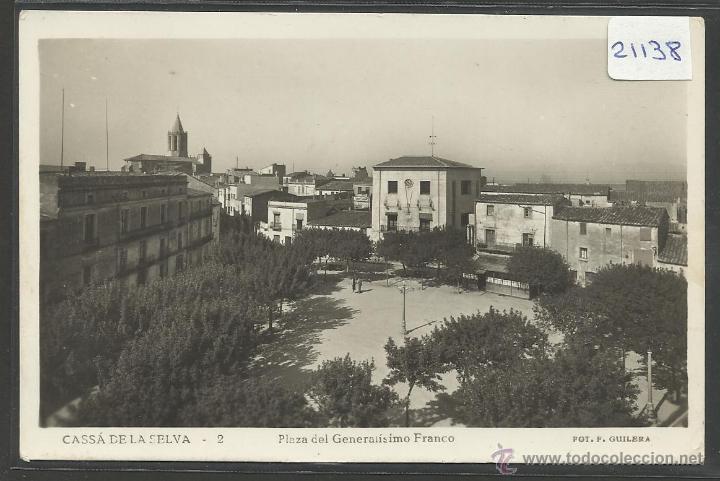 CASSA DE LA SELVA - 2 - PLAZA DEL GENERALISIMO FRANCO - FOTOGRAFICA F.GUILERA - (21138) (Postales - España - Cataluña Antigua (hasta 1939))