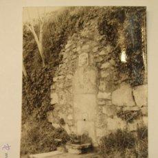 Postales: ANTIGUA FOTO POSTAL DE BELLPUIG. FONT DEL MOLI DE LA VILA. CIRCULADA. FOTO EUDAL.. Lote 52885609