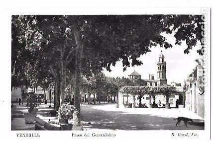 TARJETA POSTAL DE VENDRELL, TARRAGONA. PASEO DEL GENERALÍSIMO. R. GASSÓ, FOT. (Postales - España - Cataluña Antigua (hasta 1939))