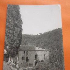 Postales: POSTAL - BARCELONA SAN MARTIN SASGAYOLAS NOVICIADO LA SALLE MOLI RODA - ED. FISA - CIRCULADA SELLO . Lote 70456353
