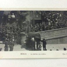Postales: POSTAL ANTIGUA BERGA ,LA PATUM LA GUITA, NÚMERO 57, FOTO LUIGI, CIRCULADA.. Lote 74959135
