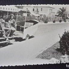 Postales: ANTIGUA FOTOGRAFÍA. CAMPING DE SITGES. BARCELONA. FOTO AÑO 1963.. Lote 75987911
