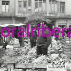 Postales: NEGATIVO ESPAÑA BARCELONA VILAFRANCA DEL PENEDÈS MERCADO 1973 ILFORD 35MM PHOTO FOTO MERCAT MARKET. Lote 84931416