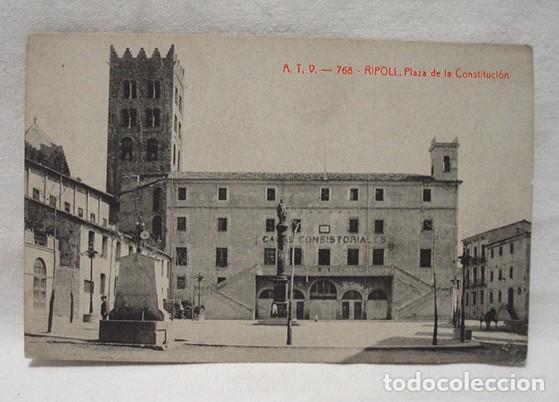 (CAT-191) POSTAL RIPOLL PLAZA DE LA CONSTITUCIÓN-CASA CONSISTORIAL. ESCRITA SIN SELLO. PPIO 1900. (Postales - España - Cataluña Antigua (hasta 1939))
