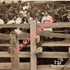 Postales: FOTO-POSTAL DE VICH: PLAÇA DE TOROS, MILITARES .FOT.PALMAROLA DE VICH, 1916. Lote 96659815