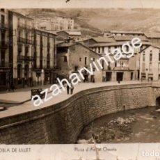 Postales: LA POBLA DE LILLET.-PLAZA DE ANGEL OSSORIO.NUM.5, FOTOGRAFICA. Lote 97422863