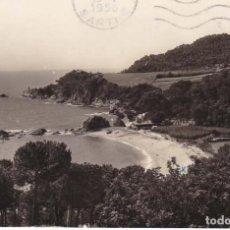 Postales: LLORET DE MAR PLAYA DE SANTA CRISTINA 1956 POSTAL CIRCULADA. Lote 97924999