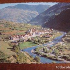Postales: AÑO 1962 POSTAL PIRINEOS DE LERIDA. EL PALLARS. SORT VISTA GENERAL. CIRCULADA CON SELLO MATASELLADO. Lote 100060903