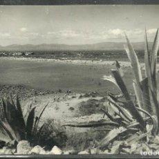 Postales: 35 - SALOU (TARRAGONA) PANORAMICA DE LA PLAYA - FOT. RAYMOND - CIRCULADA SELLO -. Lote 106036871