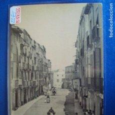 Postales: (PS-54255)POSTAL DE VILLAFRANCA DEL PANADES-PLAZA DE LA CONSTITUCION.A.T.V.634. Lote 109093151
