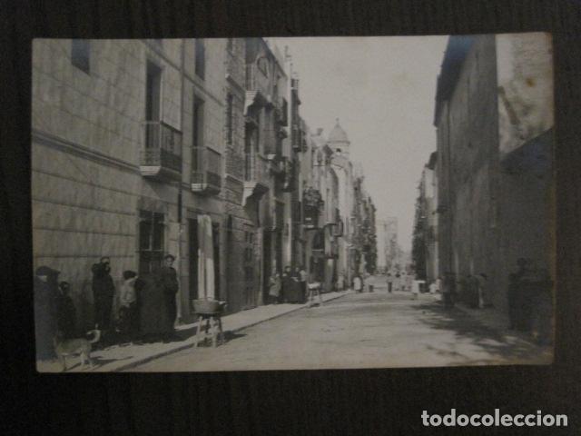ULLDECONA.- CALLE MAYOR - FOTOGRAFICA - VER REVERSO - (52.181) (Postales - España - Cataluña Antigua (hasta 1939))