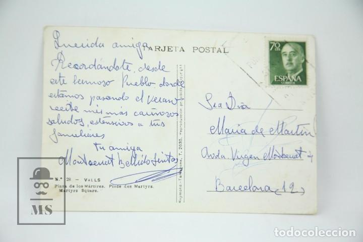 Postales: Postal Fotográfica - Valls, Plaza De Los Mártires / Tarragona - Ed. Raymond - Años 60 - Foto 2 - 114912203