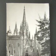 Postales: POSTAL BARCELONA. LA CATEDRAL. CIRCULADA. AÑO 1957. . Lote 115808423