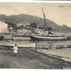 Postales: POSTAL DE ROSAS, GIRONA. EMBARCADEROS. FOT. FONOLLERAS. SIN CIRCULAR.. Lote 116132975