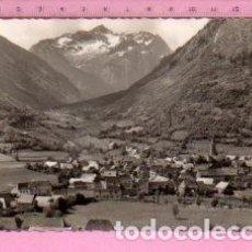 Postales: POSTAL DE VALLE DE ARAN LÉRIDA VISTA GENERAL Nº 400 PUEBLO DEL EDITO MONTOLIU ESCRITA. Lote 122103563