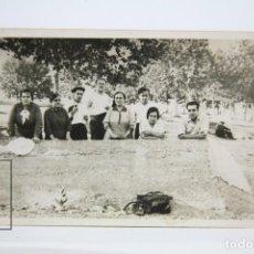 Postales: POSTAL FOTOGRÁFICA - MONTCADA, FONT PUDENTA, GENTE DE ÉPOCA - LEONAR - SIN CIRCULAR . Lote 136039898