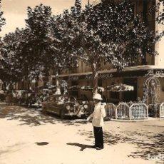 Postales: SALOU (TARRAGONA) - CALLE BARCELONA - FOTO RAYMOND - SIN CIRCULAR. Lote 181143720