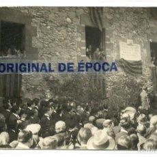 Postales: (PS-59000)POSTAL FOTOGRAFICA DE RODA-PLACA HOMENATGE A BAC PRESENCIA DE FRANSEC MACIA. Lote 142697870