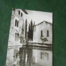 Postales: MONASTERIO DE POBLET - VISTA INTERIOR - CLISE PLASENCIA PO 1958. Lote 143036118