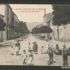 Postales: SANTA COLOMA DE FARNES-CALLE DE SAN SEBASTIAN-1-THOMAS-POSTAL ANTIGA-(55.211). Lote 143490534
