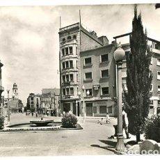Postales: BARCELONA SABADELL PASEO PRIMO DE RIVERA Y VIA MASAGUÉ. A. ZERKOWITZ. ESCRITA. Lote 146573574