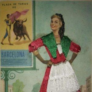 CATALUNYA Postal bordada con hilo traje típico CATALUÑA Gráficas Color J.Briones