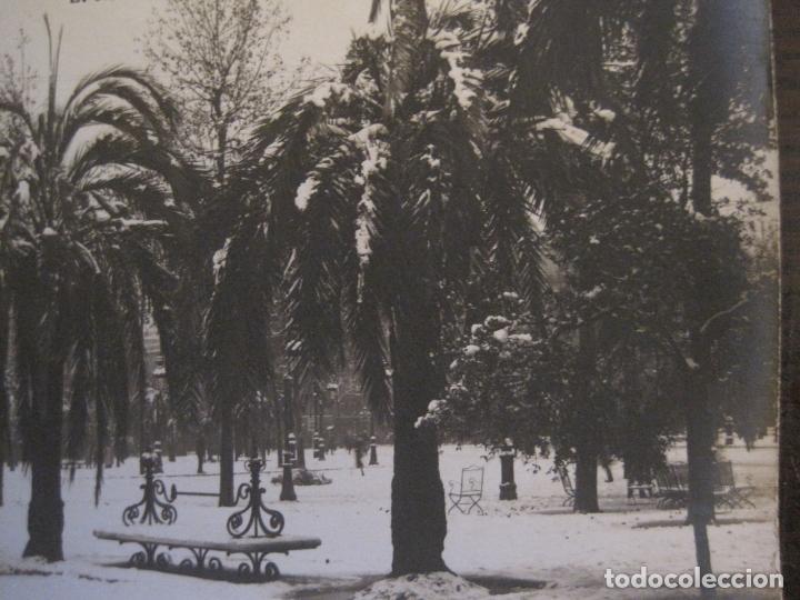 Postales: BARCELONA-NEVADA-PLAZA CATALUÑA-FOTOGRAFICA ROISIN-11-POSTAL ANTIGA-(56.410) - Foto 4 - 148356630