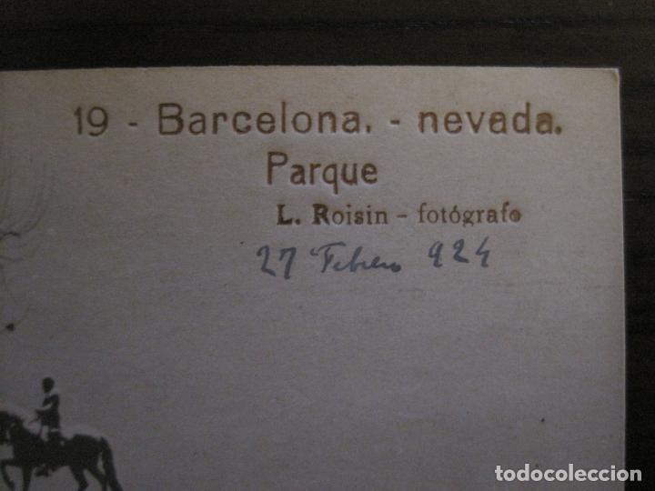 Postales: BARCELONA-NEVADA-PARQUE-FOTOGRAFICA ROISIN-19-POSTAL ANTIGA-(56.414) - Foto 2 - 148357194