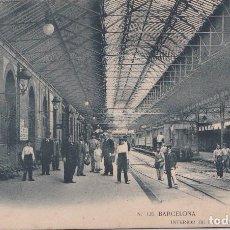 Postales: BARCELONA - INTERIOR DE LA ESTACION DE F.C. DE M.Z.. Lote 153619362