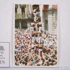 Postales: POSTAL CASTELLERS - XIQUETS DE REUS. LA COLLA CASTELLERA DEL BAIX CAMP - QUATRE DE SET AMB L'AGULLA. Lote 164520610