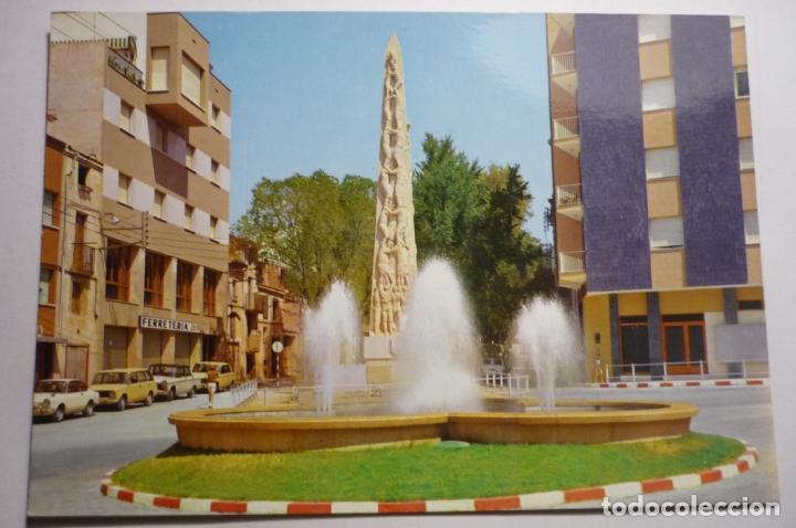POSTAL VALLS -MONUMENTO XIQUETS DE VALLS Y FUENTE LUMINOSA.-ESCRITA (Postales - España - Cataluña Moderna (desde 1940))