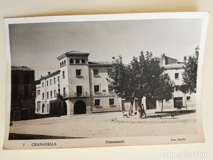 FOTOGRAFIA POSTAL GRANADELLA AJUNTAMENT (LLEIDA) FOTO. SENTIS - CIRCULADA CON SELLO DE FRANCO (Postales - España - Cataluña Moderna (desde 1940))