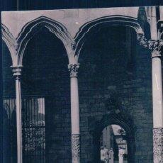 Postales: POSTAL BARCELONA - PALACIO DE LA DIPUTACION - ESCALERA GOTICA - CRICULADA. Lote 179202433