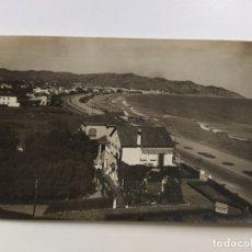 Postales: SITGES-PASEO MARITIMO Y PLAYA-POSTAL FOTOGRAFICA-VER REVERSO-(63.094). Lote 180033327