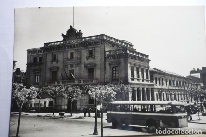 POSTAL HOSPITALET LLOBREGAT - AYUNTAMIENTO -ESCRITA (Postales - España - Cataluña Moderna (desde 1940))