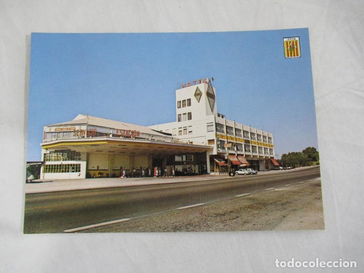 LERIDA - ESTACIÓN SERVICIO Y HOTEL ILERDA - S/C (Postales - España - Cataluña Moderna (desde 1940))