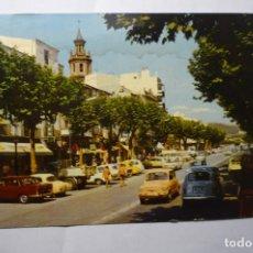 Postales: POSTAL ARENYS DE MAR.-RBLA.OBISPO POL -CIRCULADA COCHES SEAT 600. Lote 191658666