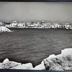 Postales: CAMBRILS, EL PUERTO, POSTAL CIRCULADA DE LOS AÑOS 50. Lote 194507345