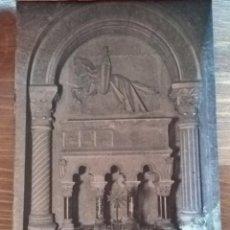 Postales: TARJETA POSTAL L.ROISIN,FOT. N•32 MONESTIR DE RIPOLL. SEPULCRE BERENGUER III. Lote 194861835