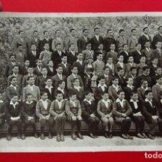 Postales: HERMANOS DE LAS ESCUELAS CRISTIANAS. CAMBRILS. TARRAGONA. NOVICIOS MENORES EN MARZO DE 1932.. Lote 201553555