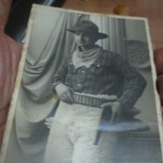 Postais: ANTIGUA FOTO TARJETA POSTAL JILATOBA CALLE CALDERON 36 SABADELL PISTOLERO. Lote 213045313