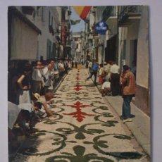 Postales: SITGES - CORPUS - CATIFES DE FLORS / ALFOMBRAS DE FLORES - LMX - PBAR3. Lote 221702352