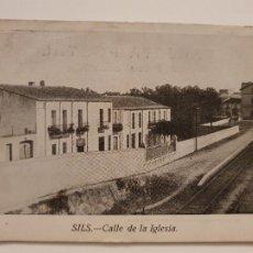 Postales: SILS - CALLE / CARRER DE L'ESGLÉSIA - P44054. Lote 236843760