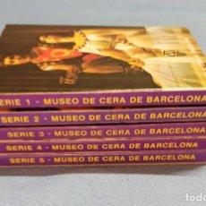 Postales: MUSEO DE CERA DE BARCELONA COLECCION COMPLETA EN TOTAL 50 POSTALES EN ACORDEON PERFECTAS AÑOS 70. Lote 243852635