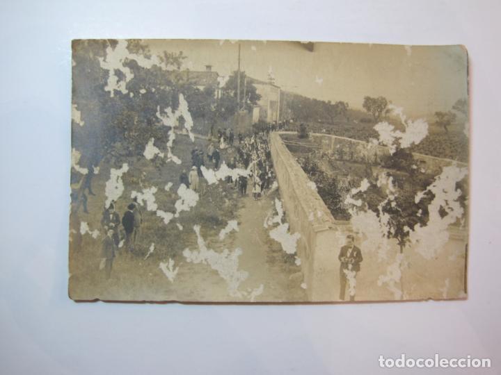 VALLDOREIX-PROCESION-FOTOGRAFICA-POSTAL ANTIGA-(80.435) (Postales - España - Cataluña Antigua (hasta 1939))